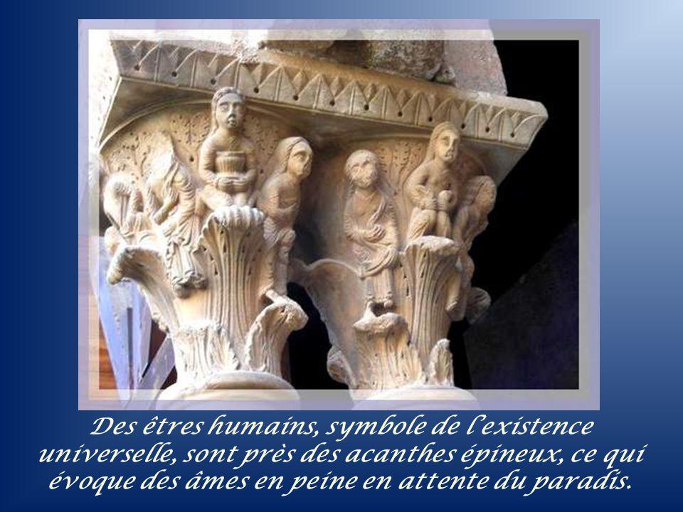 Dans ce cloître, tout est symbole! La base de la fontaine est octogonale, comme dans tous les anciens baptistères. Loctogone symbolise le huitième jou