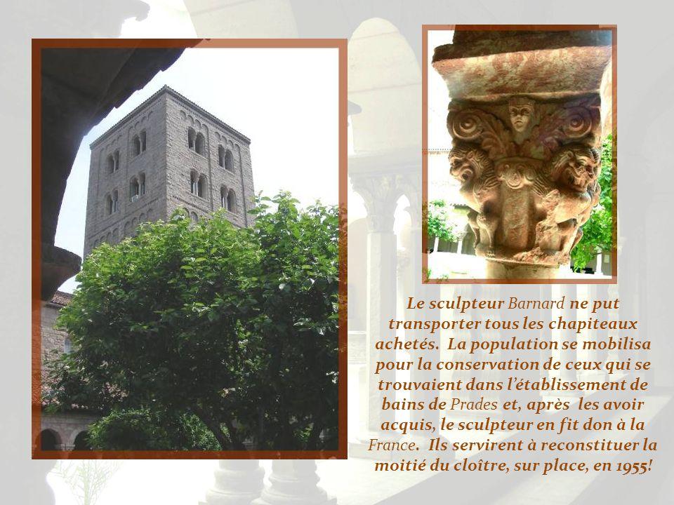 Ce magnifique cloître a été réalisé autour des vestiges provenant du monastère bénédictin de Saint-Michel-de- Cuxa, situé dans les Pyrénées Orientales