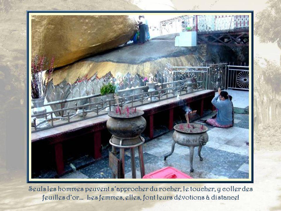 A proximité de la pagode, les gongs traditionnels.