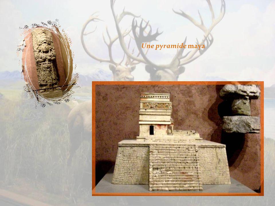 Reproduction du célèbre calendrier aztèque, la piedra del sol.