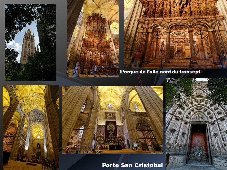 Autour de la cathédrale…. à la recherche dune petite fraicheur Presque banal comparé à la version nocturne