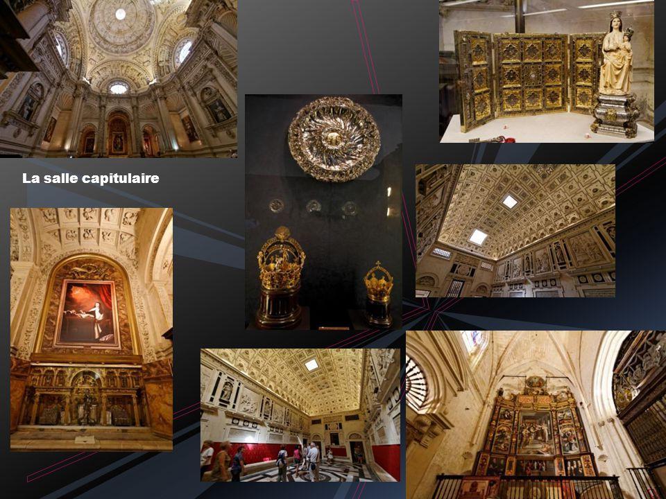 Retable de la Capilla Mayor et sa monumentale grille plateresque 44 panneaux en relief dorés sur 20m*18m C ommencé en 1482 et fini en 1564
