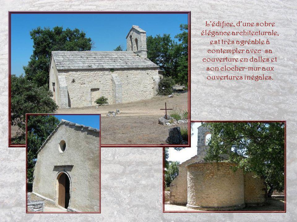 Sur le plateau des Claparèdes et plus précisément le promontoire dit « des Esconfines », on découvre une petite église romane des XIIe et XIIIe siècles.