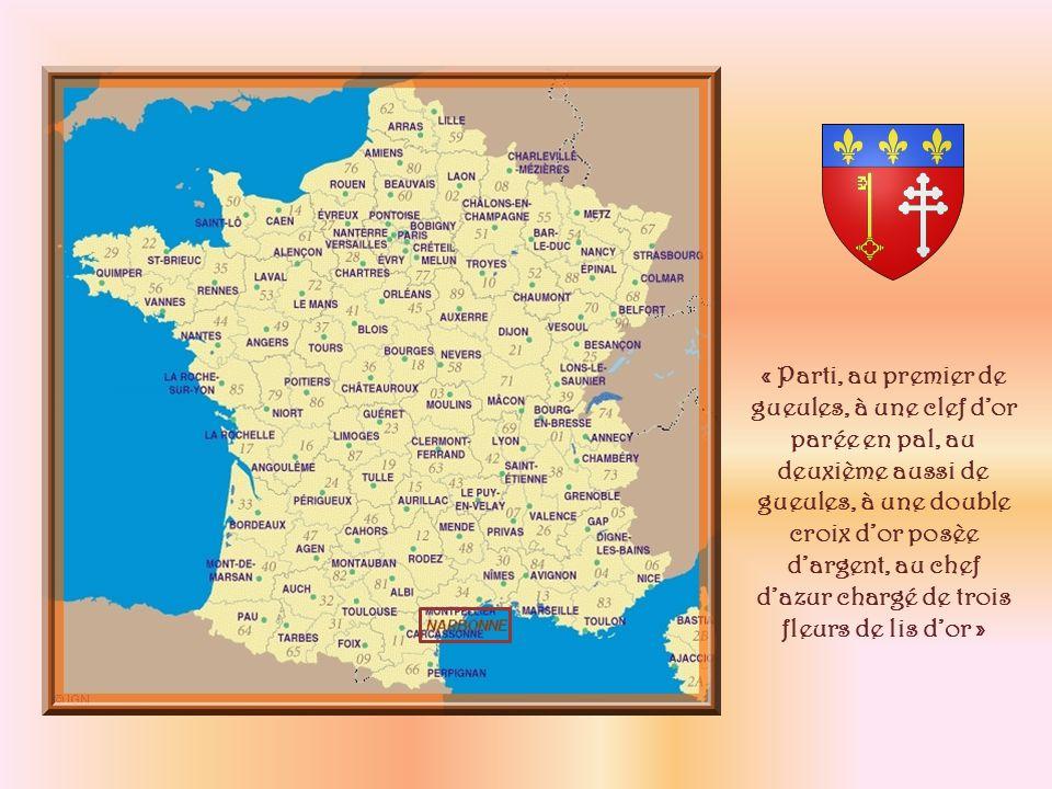Située dans lAude et la région Languedoc- Roussillon, Narbonne est bâtie à lemplacement du port de loppidum gaulois établi un peu plus au nord, sept siècles av.