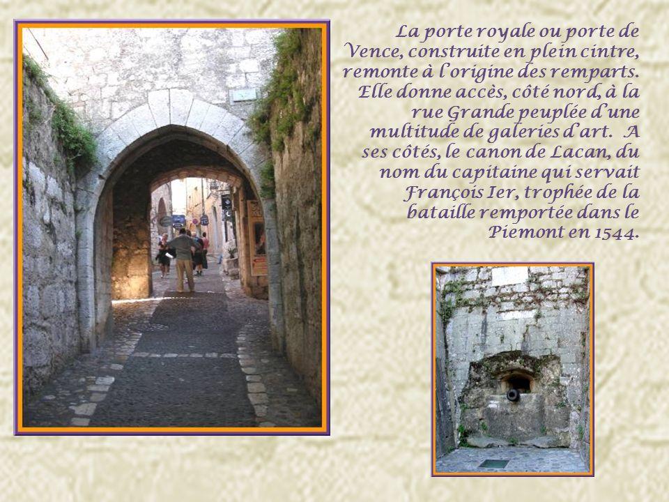 Saint-Paul est un haut lieu de création contemporaine Dès lapproche, on retrouve cette caractéristique…