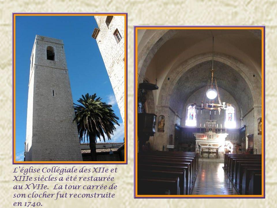 La chapelle des Pénitents blancs fut érigée au XVIIe siècle.