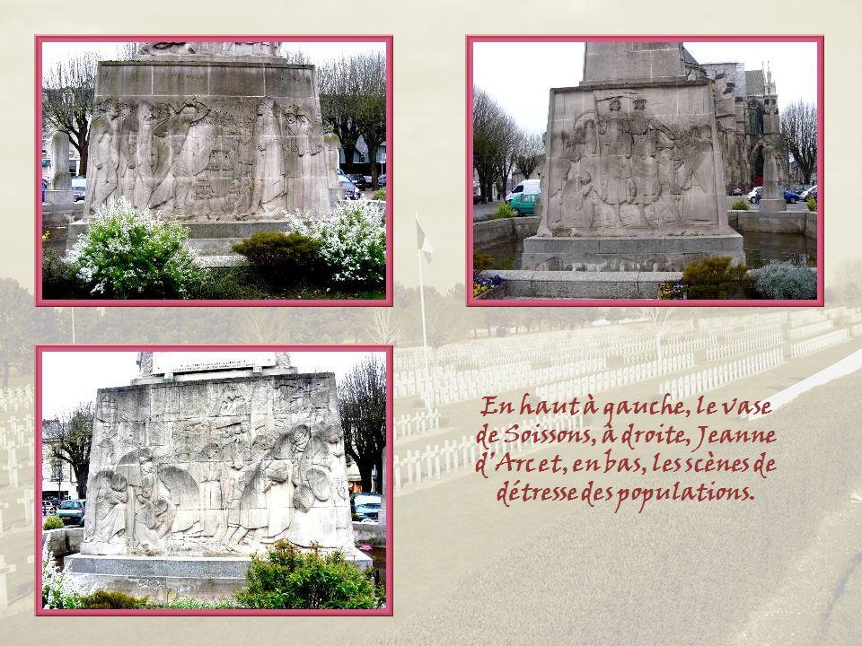Au centre de la grande place Fernand Marquigny, le Monument aux morts, dessiné à lorigine à la gloire de la ville, constitue, à lui seul, un résumé de lhistoire de la cité avec un panneau rappelant lépisode du Vase de Soissons, un autre, le passage de Jeanne dArc et un troisième, évoquant les misères de la population civile durant les grands conflits de 1870 et 1914.