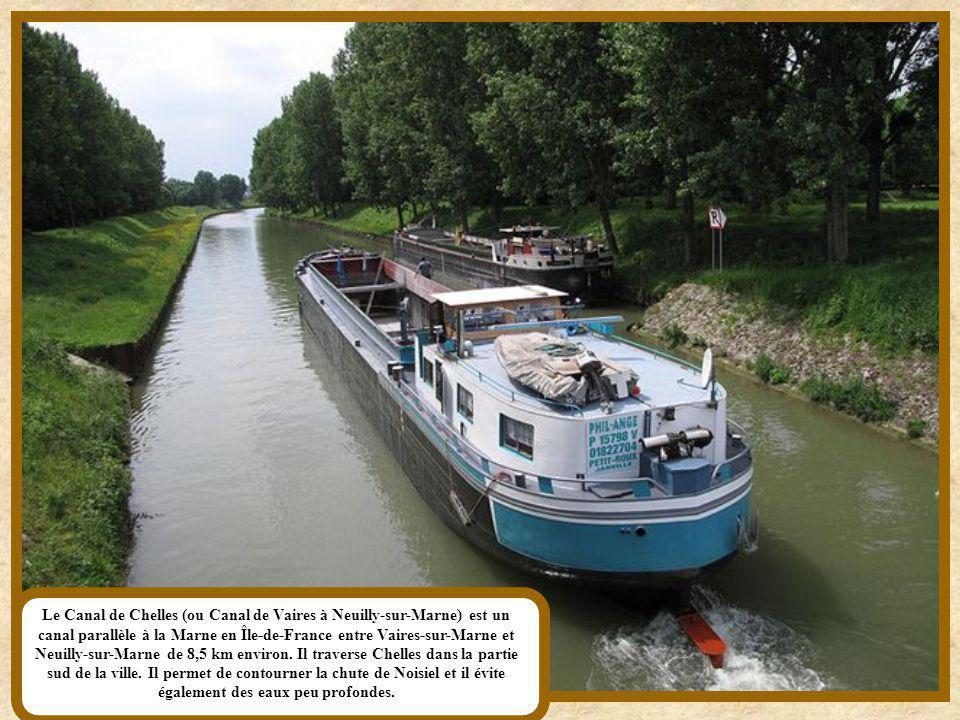 Le canal de Saint-Quentin, long de 92,5 km, assure la jonction entre l'Oise, la Somme et l'Escaut et met en relation le Bassin Parisien et le Nord de