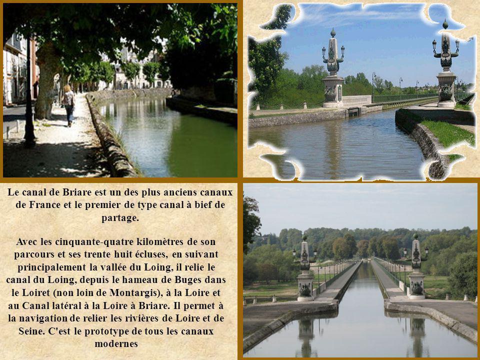 Le canal mesure 32 km de long et commence en son point le plus haut au bord de l'Aude et se dirige vers Narbonne. Son point de départ est Port la Robi