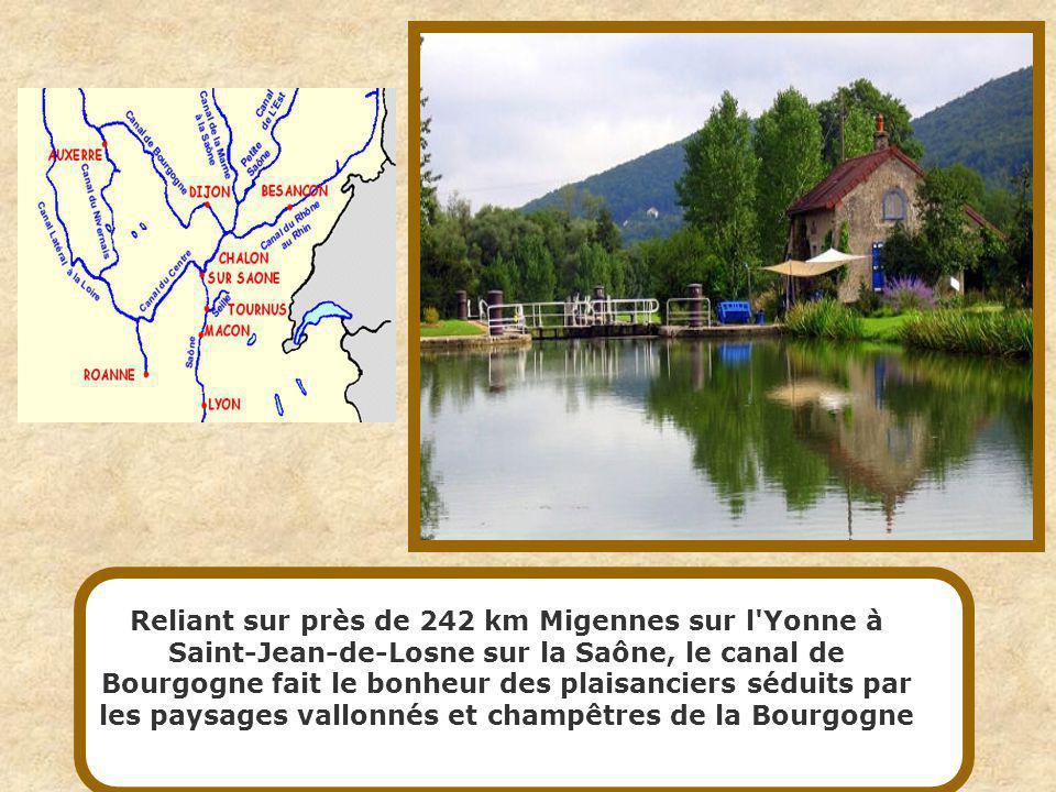 Reliant le bassin de la Loire à celui de la Seine par l intermédiaire de la rivière Yonne, le canal du nivernais, avec ses 174 km de longueur, est exclusivement réservé à la navigation de plaisance.