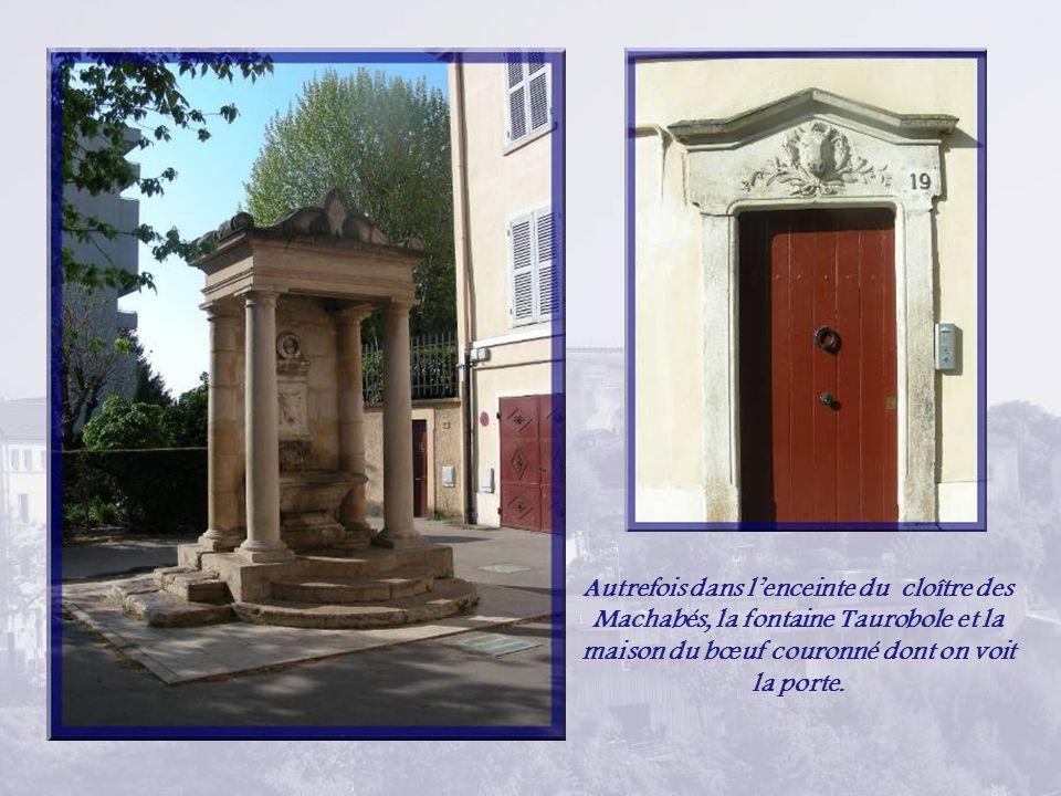 Propriété des Hospices civils de Lyon, lancien couvent de la Visitation Sainte-Marie de Fourvière est lune des premières œuvres lyonnaises de Pierre-Marie Bossan.