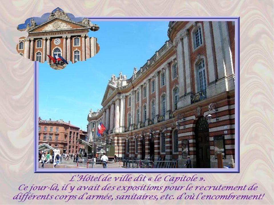 En se dirigeant vers la Garonne, en bordure de la rue de Metz, lon retrouve le magnifique hôtel dAssézat, un véritable palais de style renaissance classique, sans doute le plus bel édifice de la période du pastel.