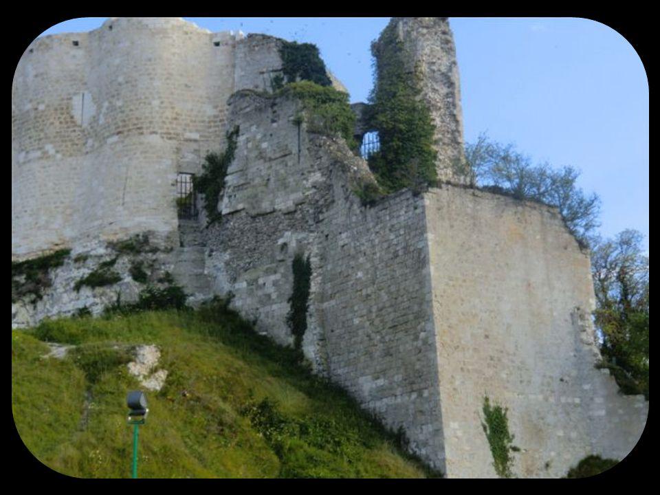 Château Gaillard. Majestueuse forteresse du XII ième siècle, édifiée par Richard Cœur de Lion,Roi dAngleterre, Duc de Normandie. Construit en seulemen