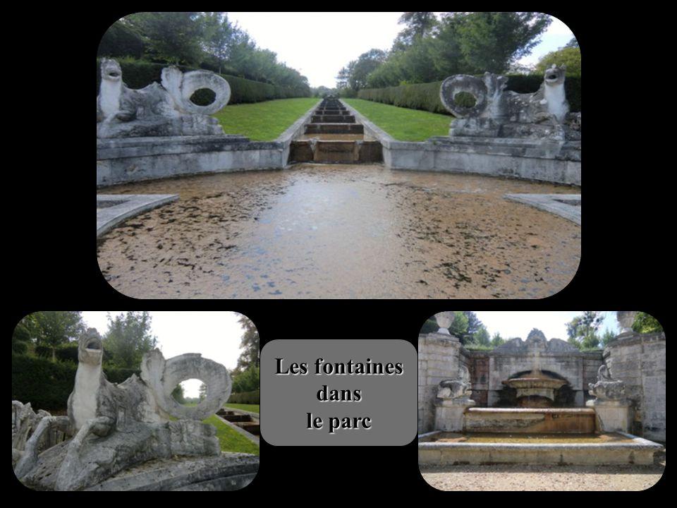 Château de Bizy - Vernon Au cœur de la vallée de la Seine, Bizy fut construit par Constant d Ivry pour le Duc de Belle-Isle vers 1740.