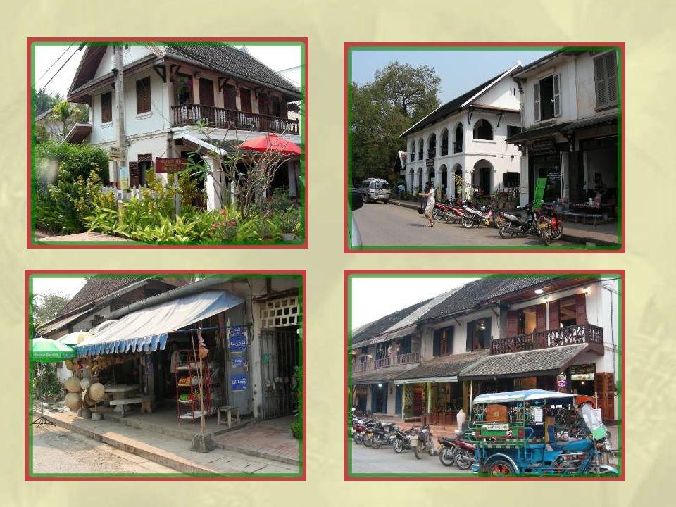 La ville a conservé un grand nombre de ses maisons coloniales.