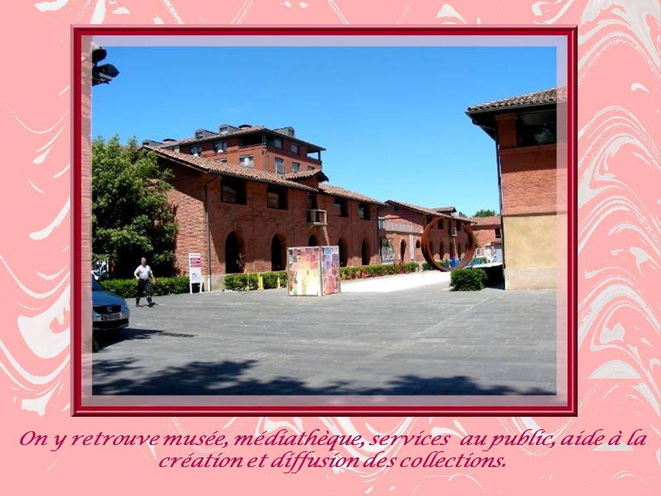 Cest en 1823 que la ville de Toulouse décida de regrouper tous les abattoirs et cest larchitecte Urbain Vitry qui en fut chargé en 1825.