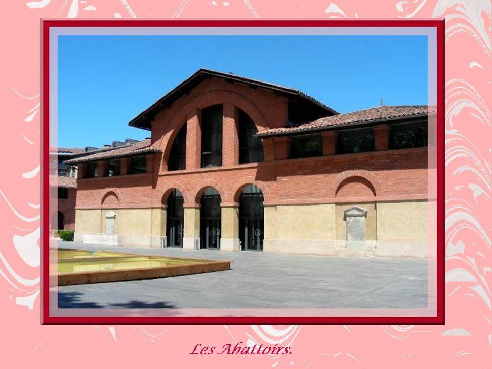 Lhôpital de La Grave est déjà cité en 1197 dans une charte de Raymond IV.