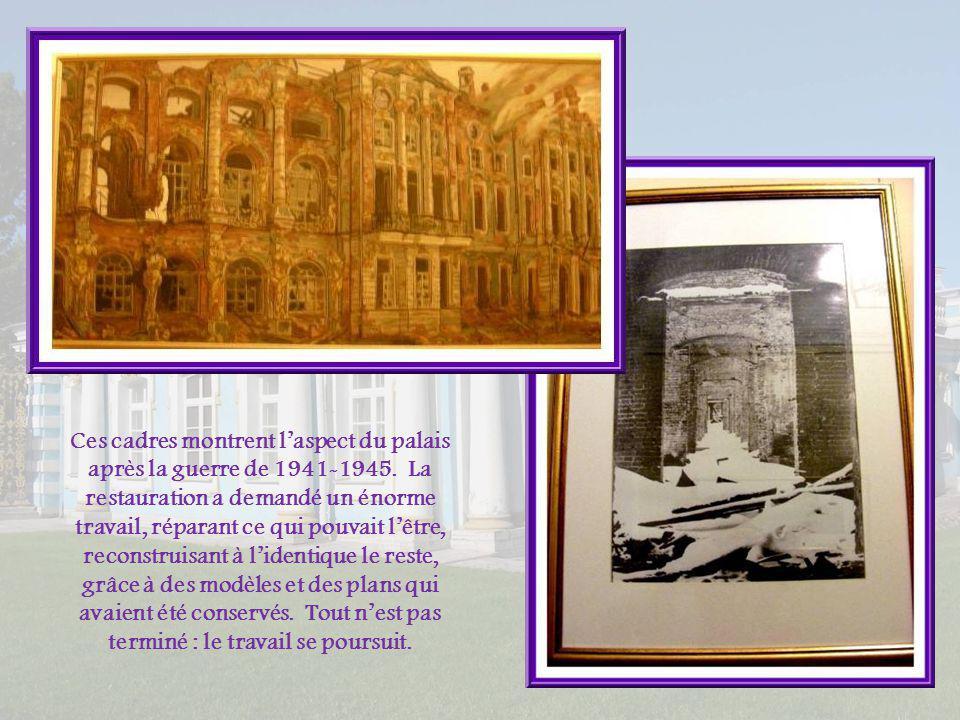 Conçue par Charles Cameron, la Salle à manger Verte emprunte résolument au classicisme avec lutilisation de motifs de la Rome ancienne.