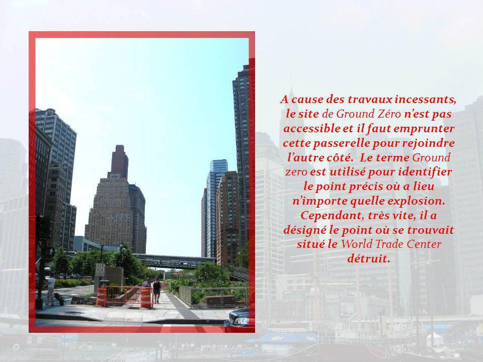 Ayant traversé le World Financial Center, nous découvrons une très agréable Marina au bord de la rivière Hudson..