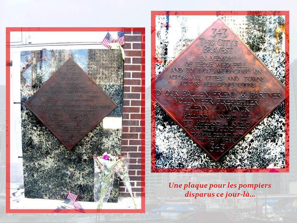 A la mémoire des pompiers qui ont lutté pour sauver des vies sur le mur du poste 10…