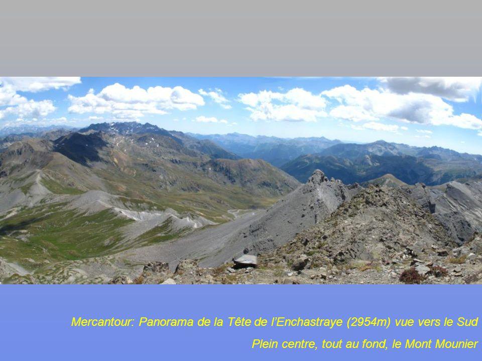 Mercantour, en montant à la Tête de lEnchastraye (2954m) vue sur le Rocher des 3 évêques (2868m)