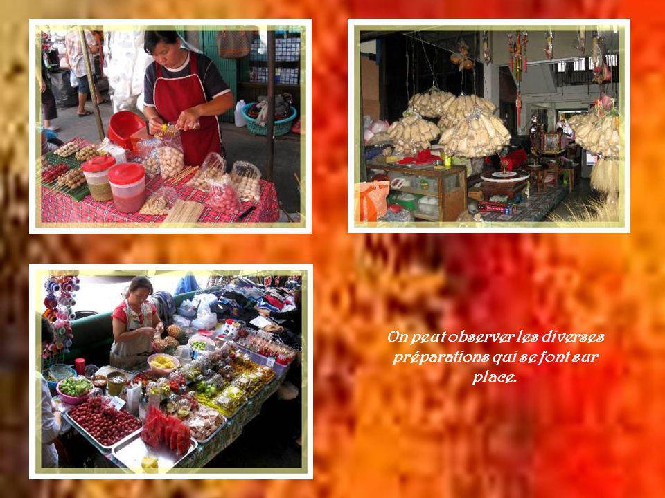 Le marché Talatt Warorot est un authentique marché thaï.