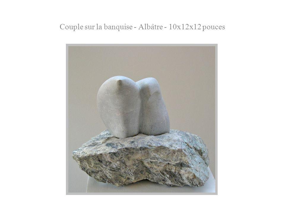 Couple sur la banquise - Albâtre - 10x12x12 pouces