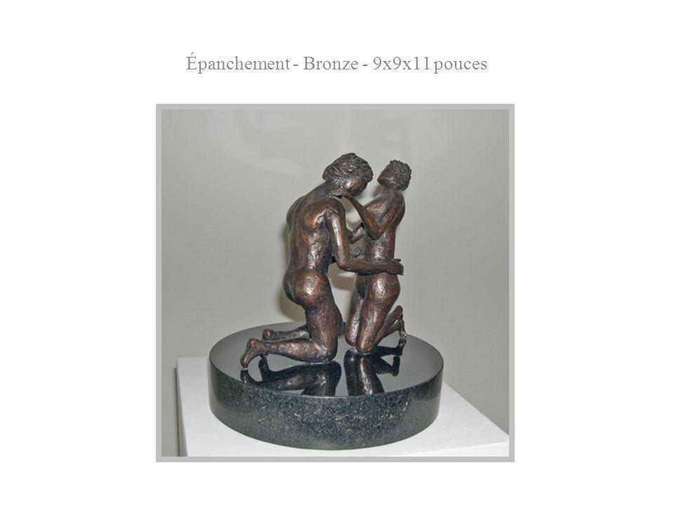 Épanchement - Bronze - 9x9x11 pouces