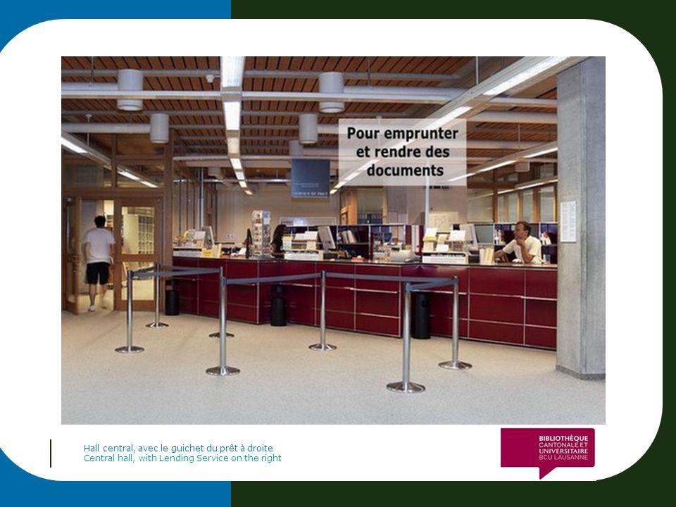 Entrez dans le libre-accès, directement à gauche en entrant Enter the library, directly on the left