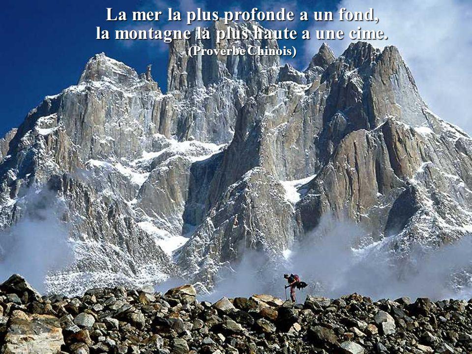 La foi transporte les montagnes.,Cest vrai. La raison les laisse où elles sont.,C`est mieux. ( Pierre Bourgault)