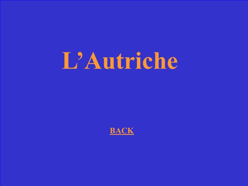 De quel pays ennemi de la France venait Marie Antoinette?