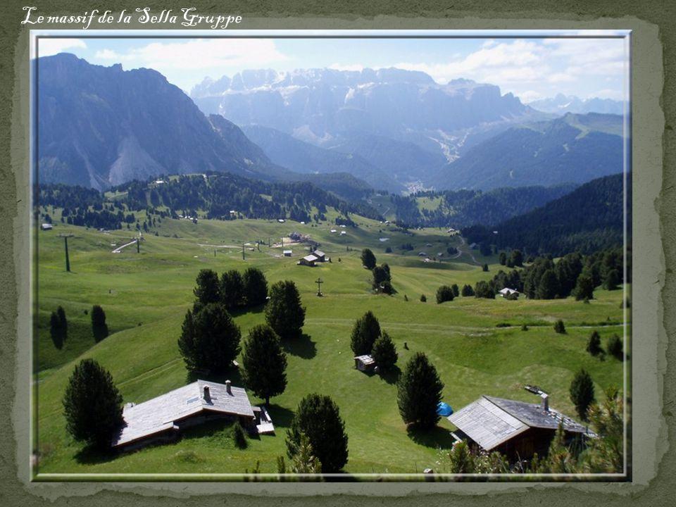 Le massif de la Sella Gruppe