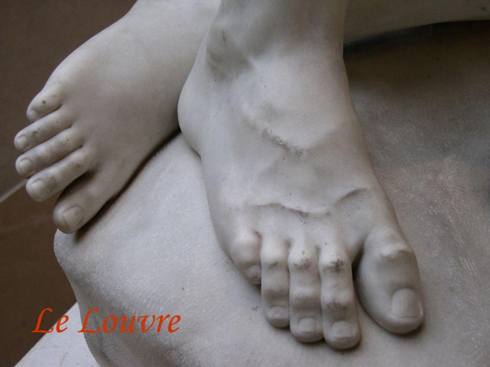 7 Le Louvre
