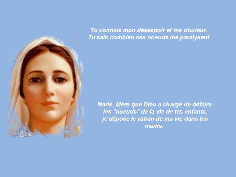 Vierge Marie, Mère du bel Amour, Mère qui n'a jamais abandonné un enfant qui crie au secours, Mère dont les mains travaillent sans cesse pour tes enfa