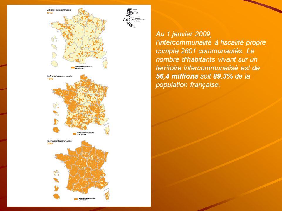 Au 1 janvier 2009, lintercommunalité à fiscalité propre compte 2601 communautés.