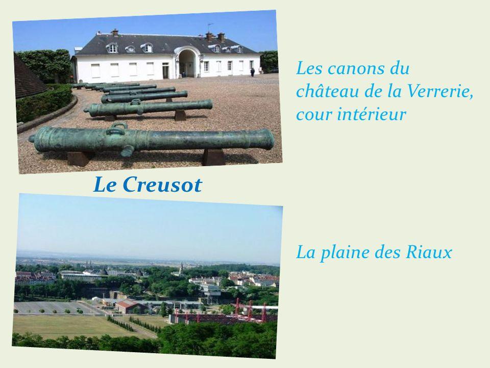 Le Creusot Église Saint-Henri (sur 2 côtés)