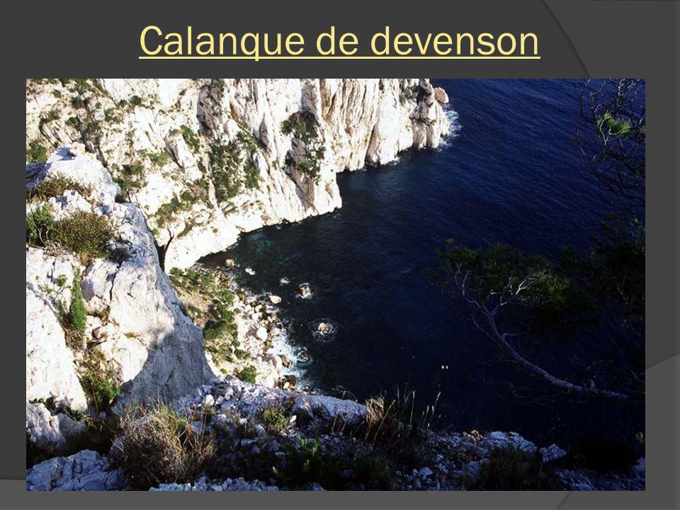 Calanque de Sugiton – Rocher le torpilleur