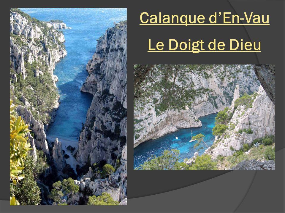 Calanque dEn-Vau – vue du Cap Canaille