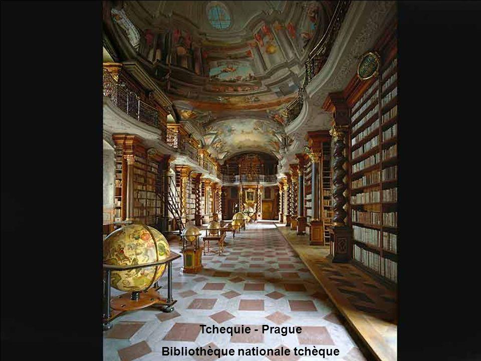 Suisse - Saint-Gallen Bibliothèque de lAbbaye