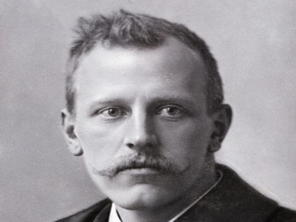 Fridtjof Nansen Fridtjof Nansen est un chercheur, aventurier et explorateur polaire norvégien.