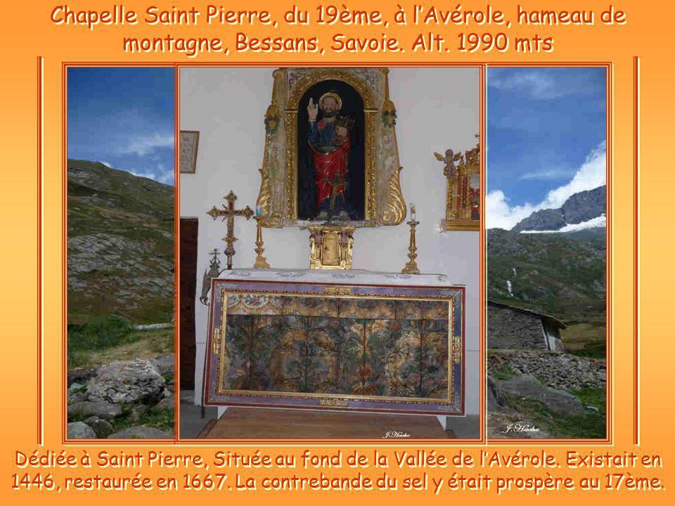 Chapelle Saint Pierre, du 19ème, à lAvérole, hameau de montagne, Bessans, Savoie.