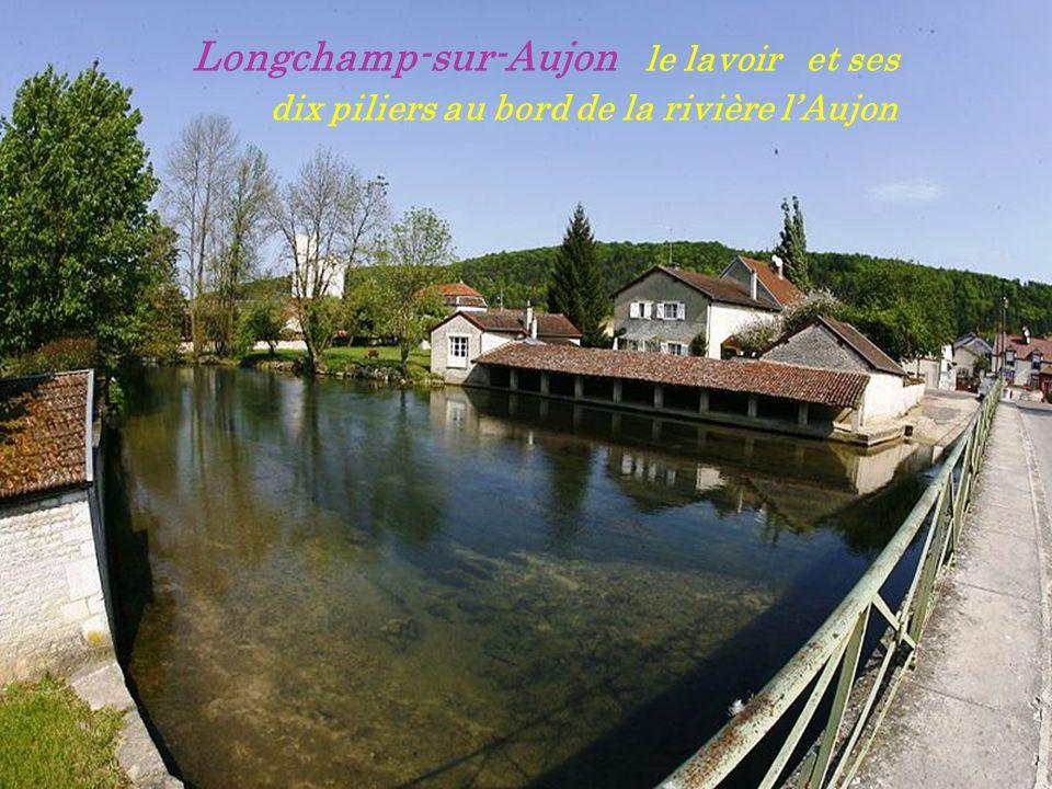 Longchamp-sur-Aujon.. l église la nuit