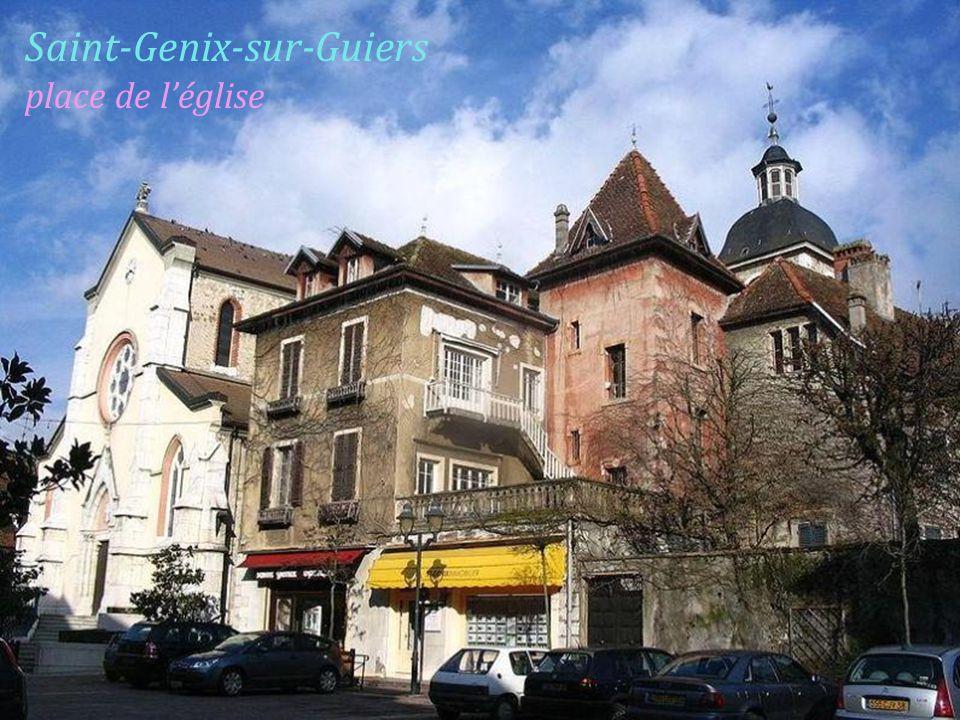 Saint-Genis-sur-Guiers la gare de lEst, carte postale. ancienne oblitérée en 1908