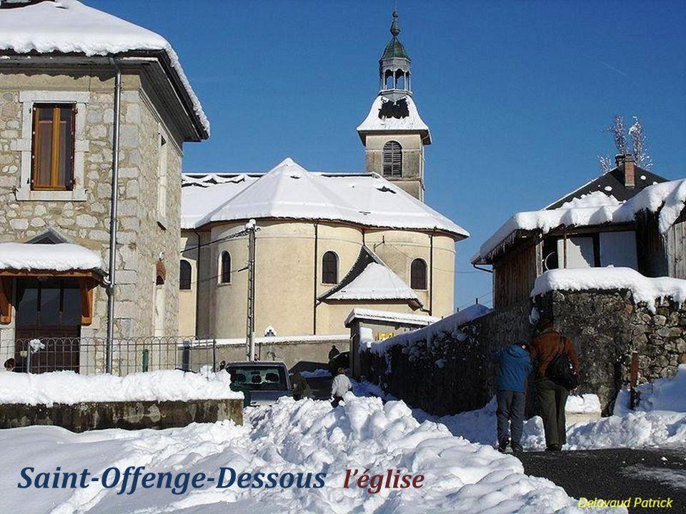 Saint-Offenge-Dessous léglise