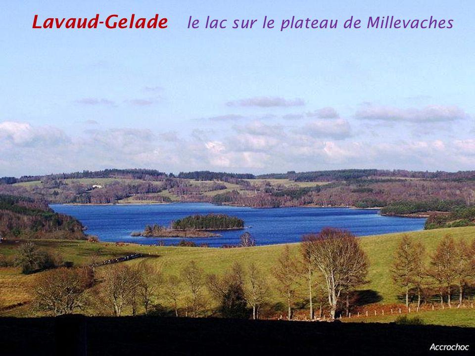 Lavaud-Gelade le lac sur le plateau de Millevaches