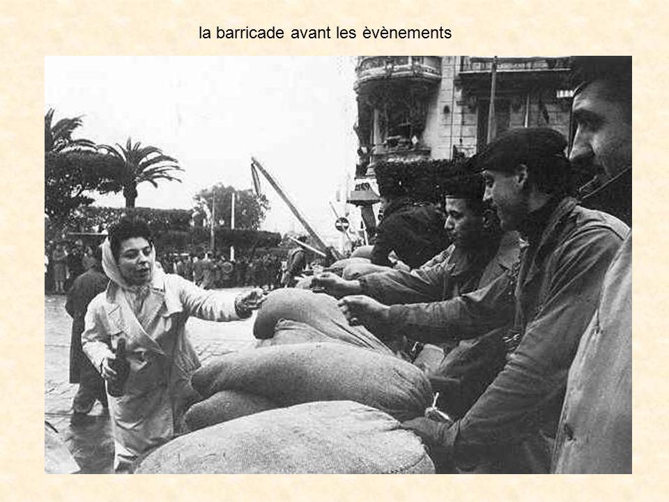 la barricade avant les èvènements