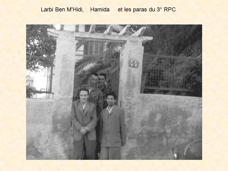 Depuis son arrestation, Ben M'Hidi Larbi, était gardé dans un cantonnement du 3° R.P.C. à la disposition des services de police ( D.S.T. ) et des serv