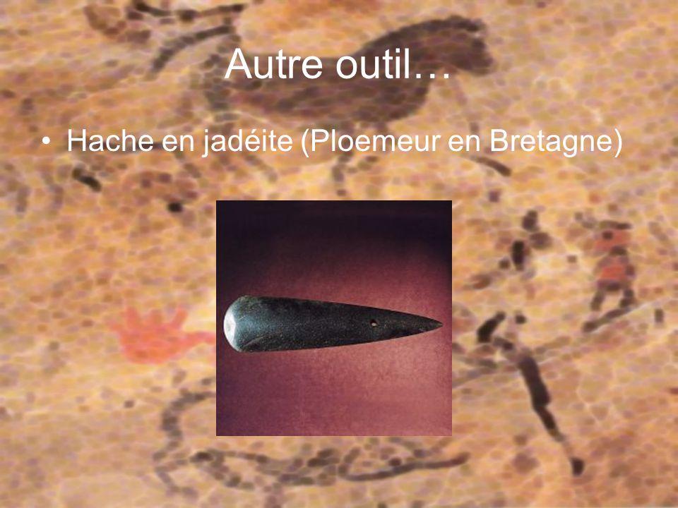 Le biface Il s agit de l un des plus anciens outils de l histoire de l humanité.