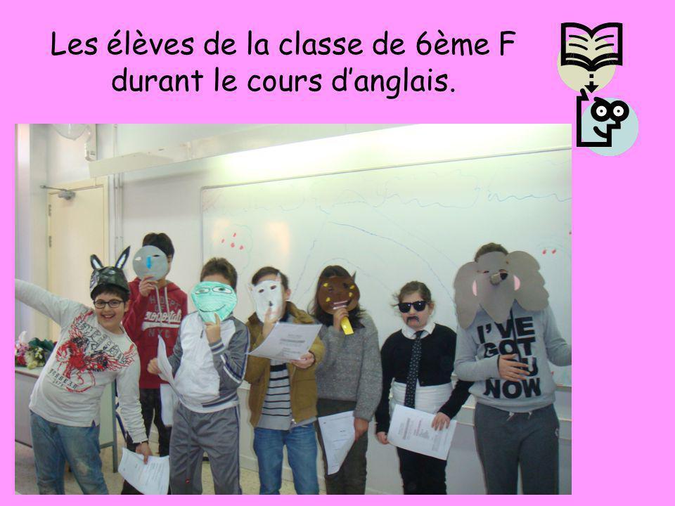 Les élèves de la classe de 6ème E durant le cours danglais.