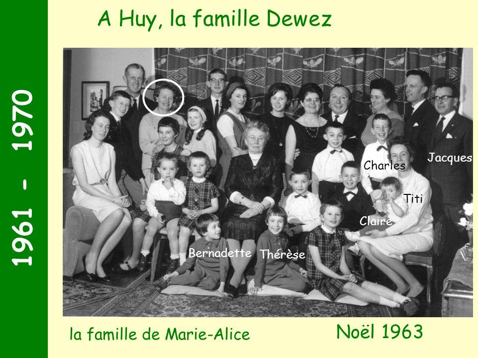 1961 - 1970 Noël 1963 A Huy, la famille Dewez Jacques Charles Titi Thérèse Bernadette Claire la famille de Marie-Alice